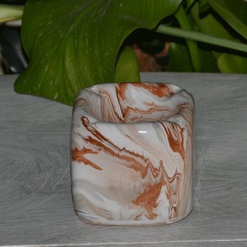 Cendrier anti fumée Cube marbré marron, gris et blanc