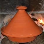 Tajine en terre cuite traditionnel - D 27 cm